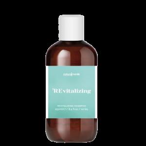 naturalmente-revitalizing-shampoo-sampunas-silpniems-slenkantiems-plaukams-figaro-salonas